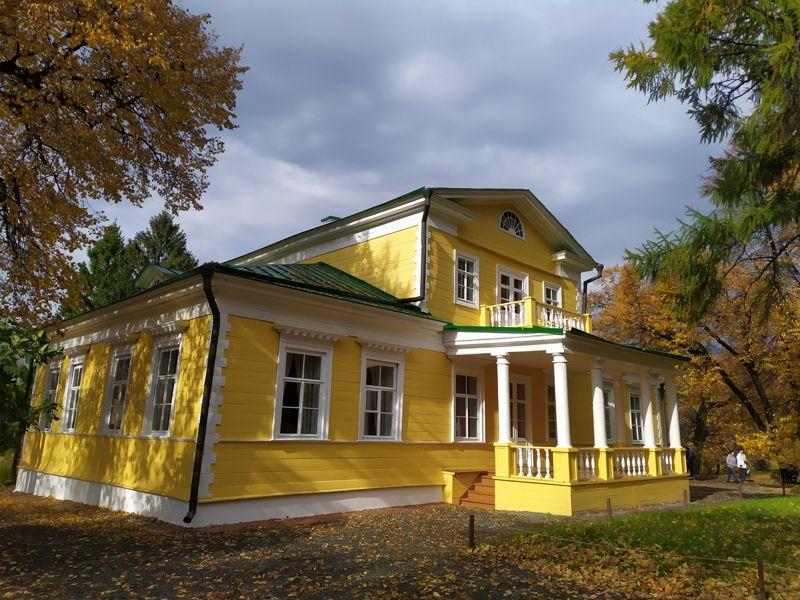 """Экскурсионный тур в """"Болдино"""" и Саранск"""