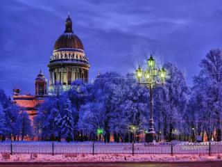 Дворцовое ожерелье Петербурга
