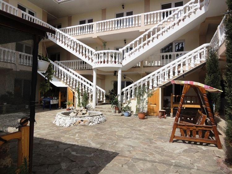 Отель Rich